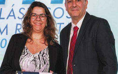 Associada do Sindiplast-ES recebe prêmio nacional