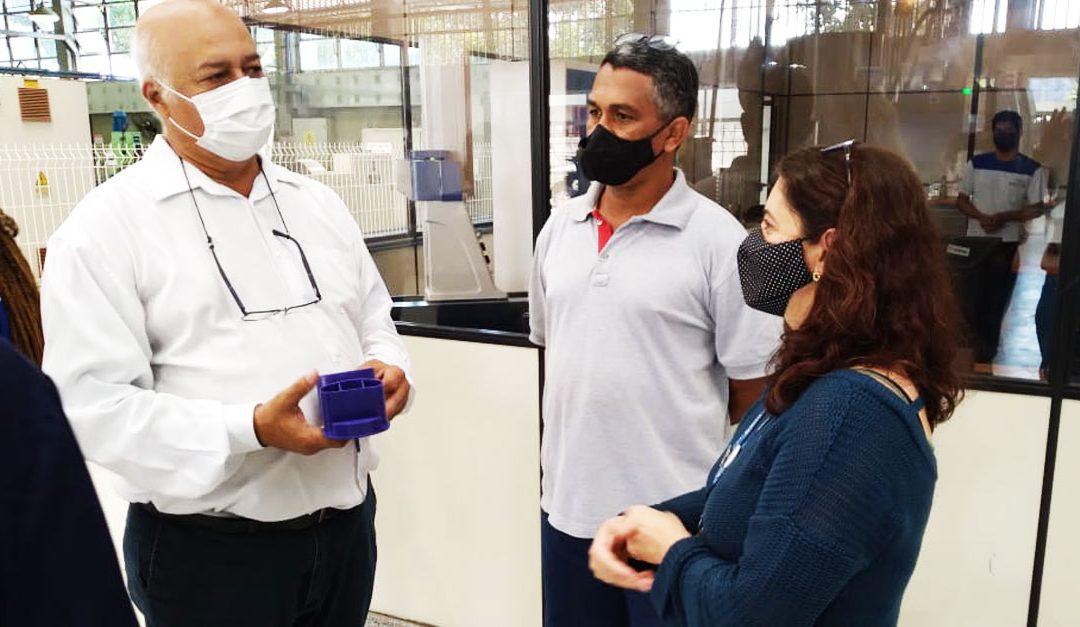 Vice-governadoria e SindiplastES visitam Escola do Plástico
